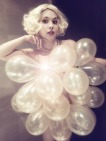 trixie-golden-balloons